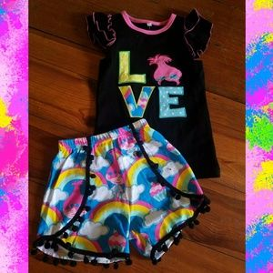 Other - NWT Troll Love 2pc outfit